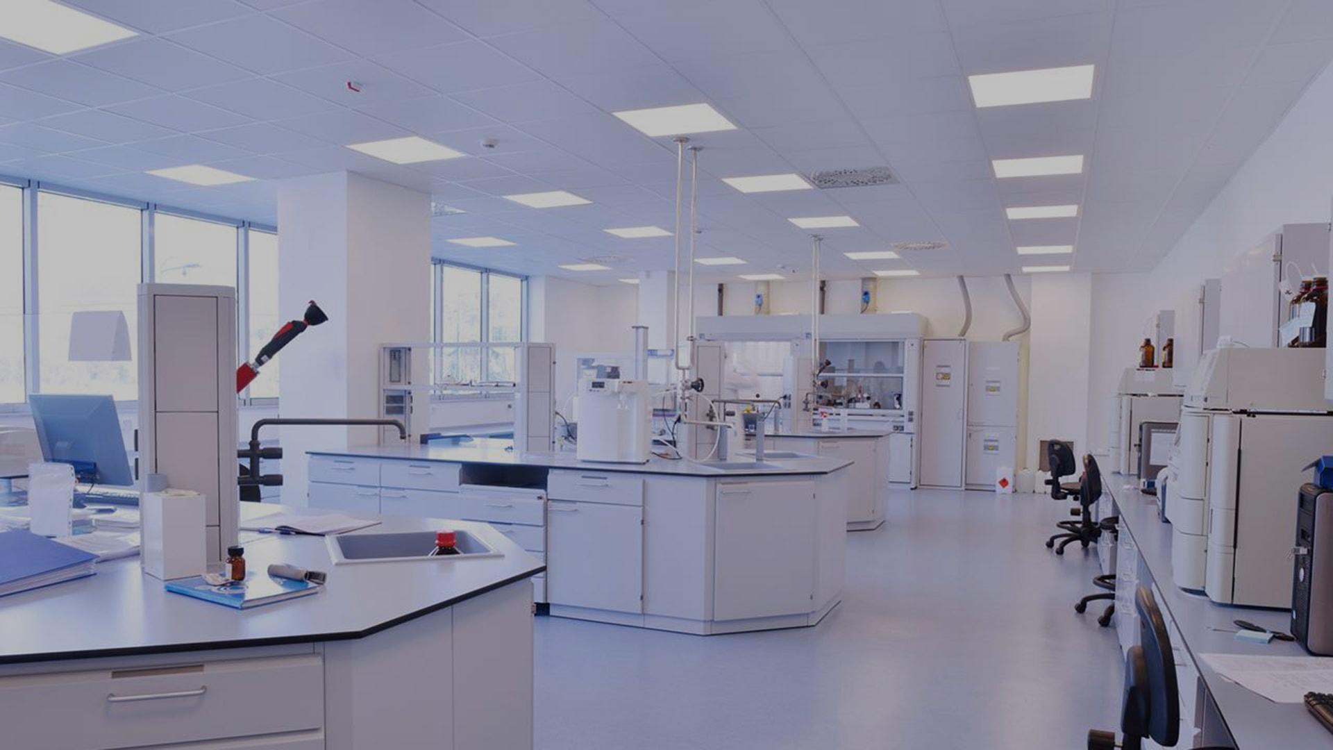 custom peptide manufacturing lab
